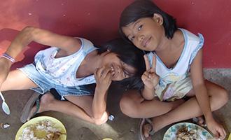 孤児院の子どもたち